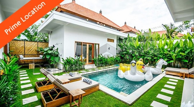 Beachside 3 Bedrooms Villa in Batu Belig