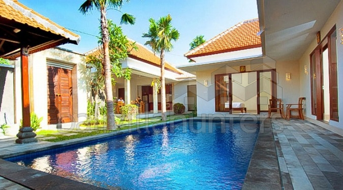 Modern 3 Bedrooms Villa in Berawa, Canggu